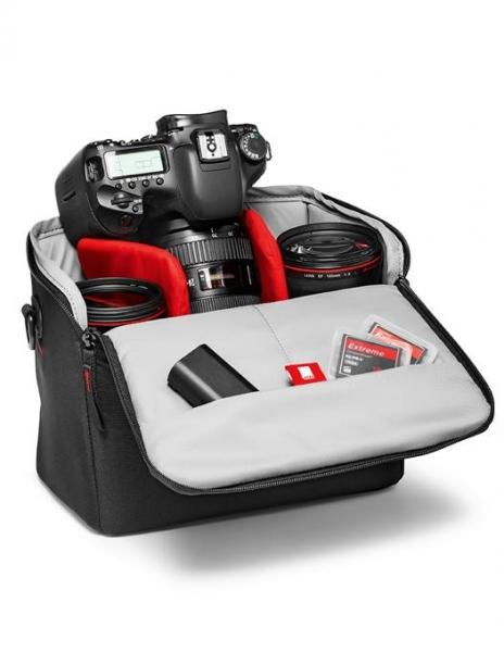 Pachet Fotograf Incepator Nikon D3500 cu 18-55mm cu trepied foto-video si geanta