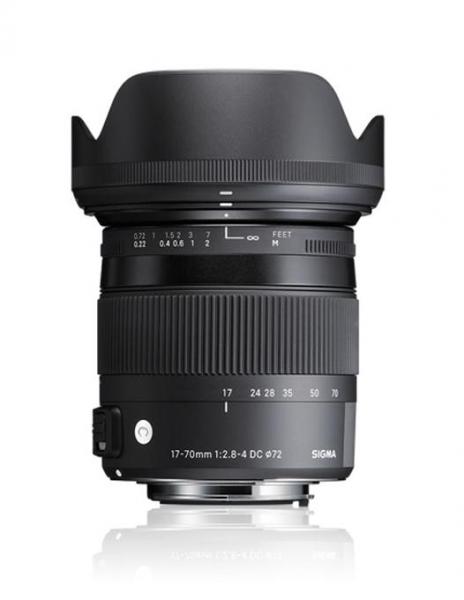 Pachet Sigma 17-70mm F2.8-4 DC Macro OS HSM C Nikon + Manfrotto Compact Advanced kit trepied foto cu cap 3-Way si husa